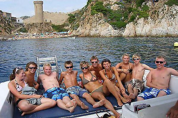 Bluesail Costa Brava Rent a boat