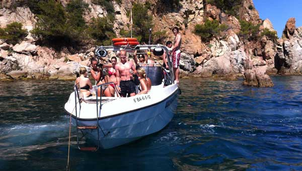 Salidas-en-barca-para-despedidas