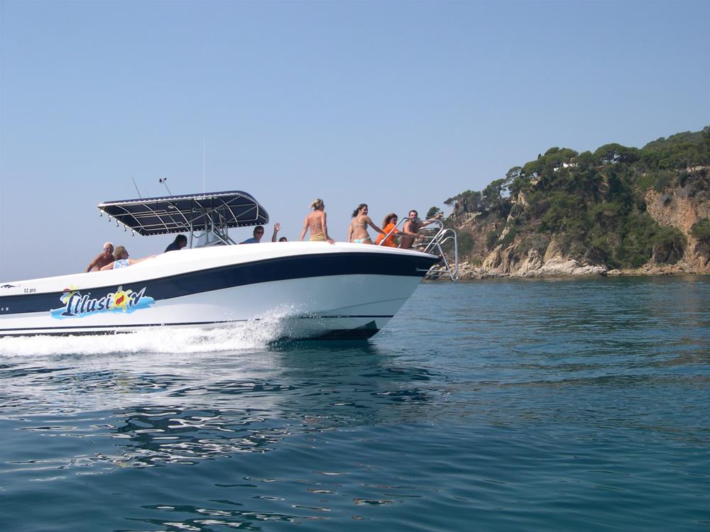 Speedboat-lloret-de-mar