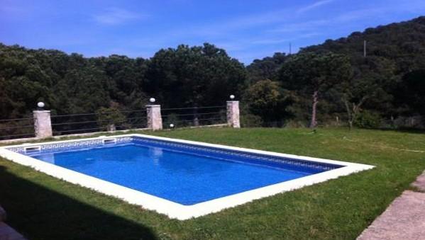 Alquiler alojamiento y barco para despedidas de soltera en Girona, Costa Brava